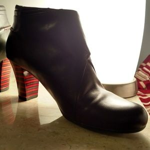 Camper Shoes - Camper Leather Ankle Booties Size 38